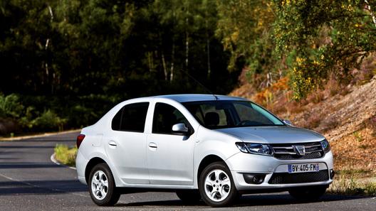 Концерн Renault раскрыл новый Logan до премьеры на автосалоне в Париже