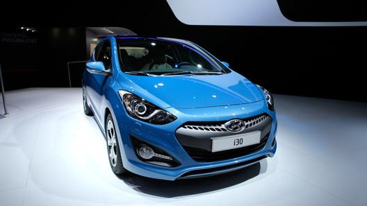 Hyundai привез в Париж трехдверный i30 и