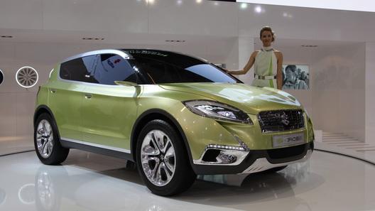 Серийный кроссовер Suzuki S-Cross приедет в Россию через год