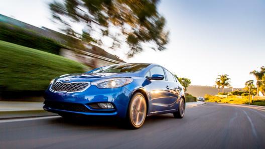 Kia объявила цены на новый Cerato и дату начала продаж