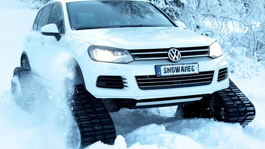 VW Snowareg построили для Санта-Клауса в Швеции