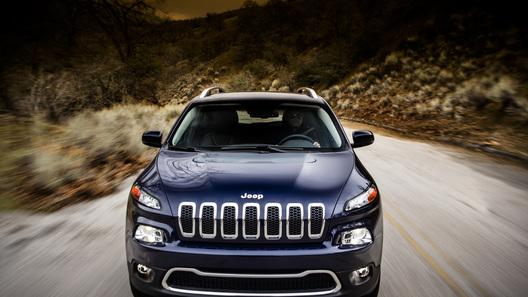 Появились первые официальные фото нового Jeep Cherokee