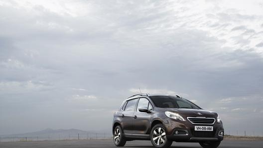 Peugeot будет продавать в России компактный кроссовер 2008
