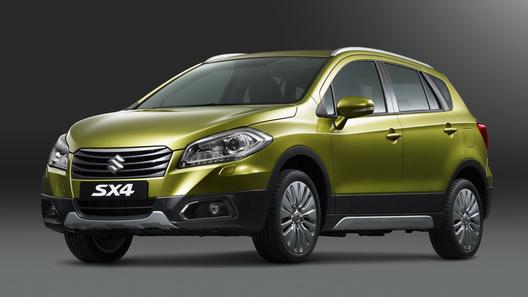 Новый Suzuki SX4 приподнимут, прежде чем везти в Росcию