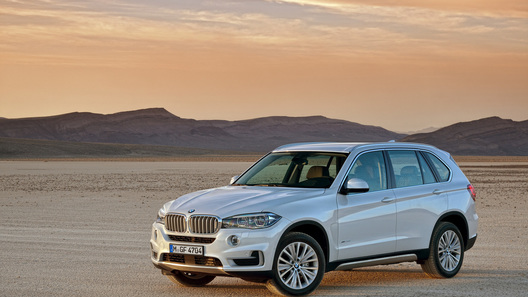 Новый BMW X5 российской сборки обойдется в 3,4 млн рублей