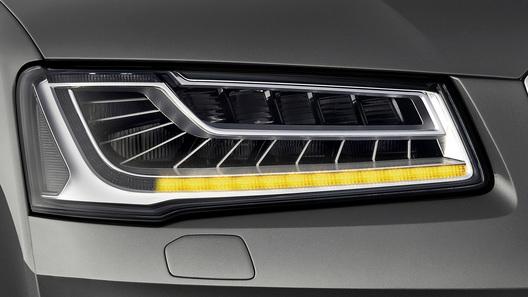 Обновленный Audi A8 доедет до России в декабре