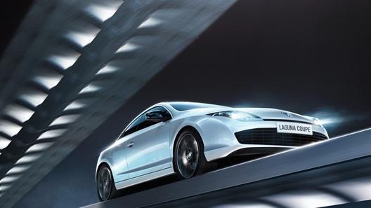 Базовая цена нового купе Renault - 1,4 миллиона рублей
