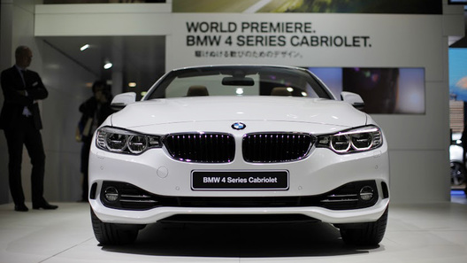 В Японии дебютировал новый кабриолет BMW