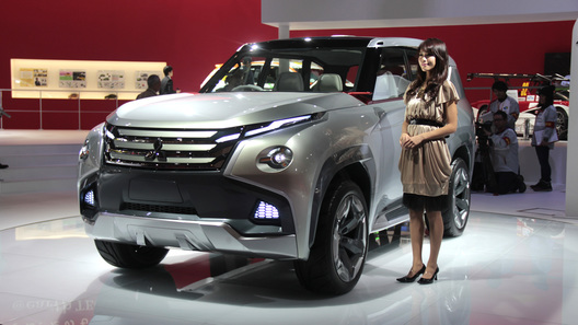 Mitsubishi делает ставку на гибриды