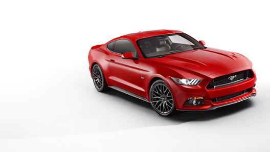 Ford Mustang может превратиться в гибрид или электромобиль