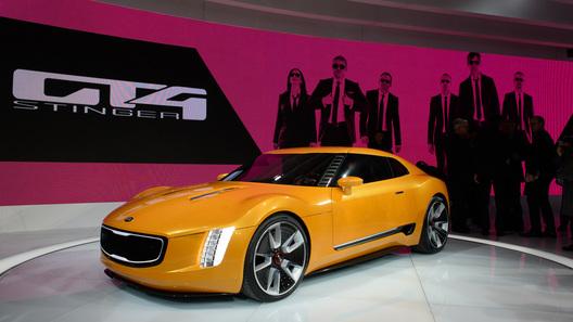 Kia привезла на выставку в Детройте 300-сильный спорткар