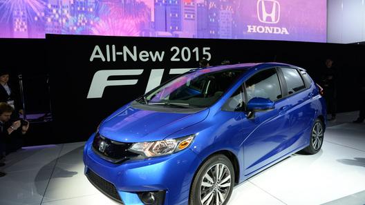 Новая Honda Fit стала меньше, но просторнее