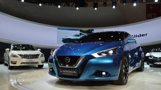 Новый седан Nissan создан для поколения одиноких детей