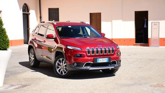 Новый Jeep Cherokee доехал до России