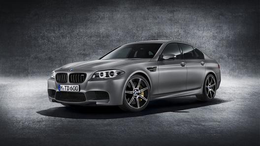 BMW выпустил седан M5 рекордной мощности