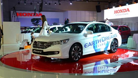 Honda меняет моторную гамму для Accord в России