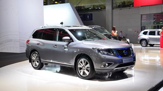 В Петербурге стартовало производство гибридного Nissan Pathfinder
