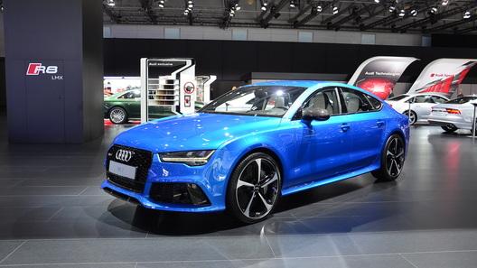 В Москве представлены обновленные Audi A7 и RS 7