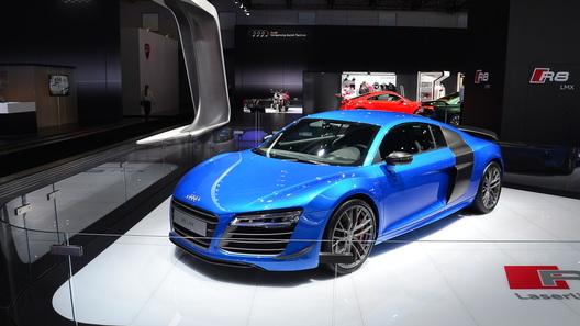 России достанется всего несколько Audi R8 LMX