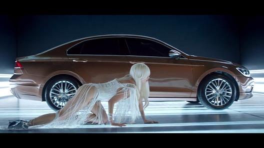 Рассекречено новое четырехдверное купе VW