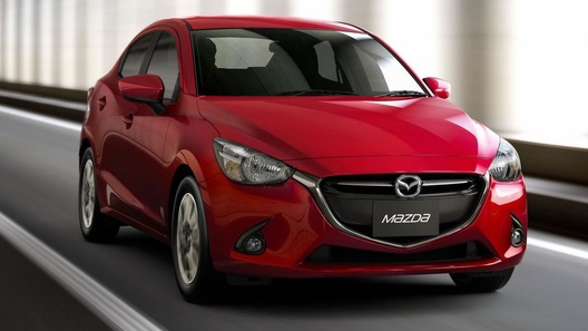 Mazda2 превратили в седан