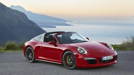 Тарге Porsche 911 слегка добавили