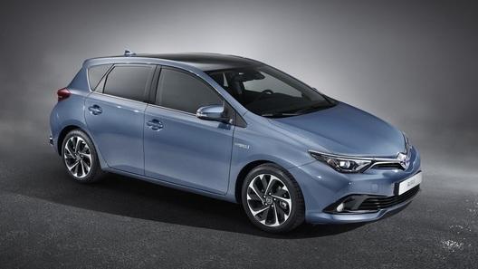 Toyota покажет в Женеве обновленный Auris