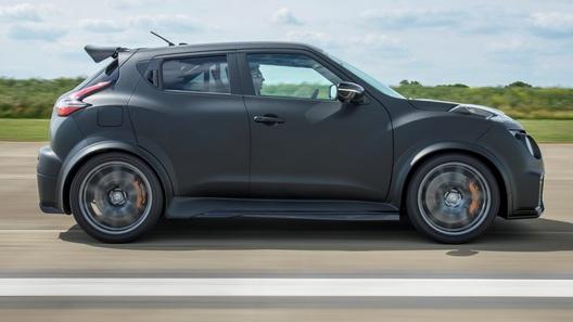 Компактный кроссовер Nissan Juke озверел окончательно