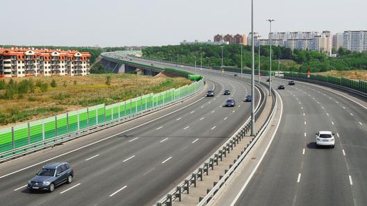 На русских трассах могут появиться узкие полосы движения