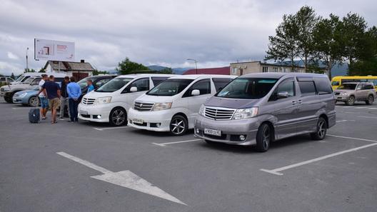 Новыми скидками Дальний Восток хотят пересадить на российские автомобили