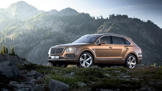 Bentley показала самый роскошный внедорожник в мире