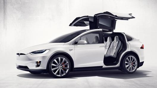 Tesla обновила Model S и Model X