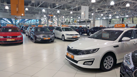 Лидером нарынке SUV спробегом в Российской Федерации стала Лада 4x4