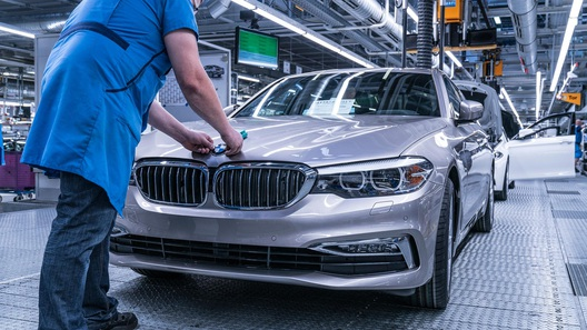 BMW построит свой завод в Калининграде