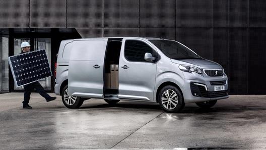 В России начали выпускать фургоны Citroen и Peugeot