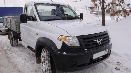 В Ульяновске сфотографировали новый грузовик УАЗ - соперника