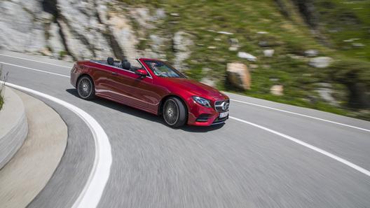 Benz покажет новый хэтчбек A-Class весной 2018 года