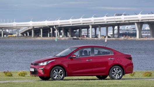 Названы самые продаваемые автомобили Москвы и Санкт-Петербурга