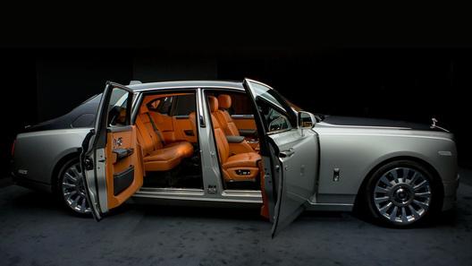 Rolls-Royce представил самый роскошный вмире электромобиль