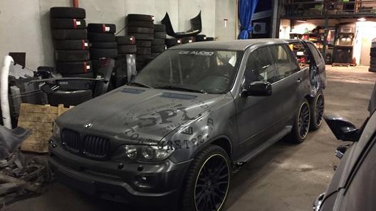 В Норвегии строят 3-осный BMW X5 с двумя дверями 1