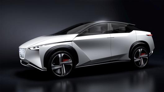 Nissan хочет продавать по миллиону электрокаров и гибридов ежегодно