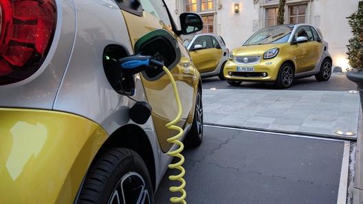 В России разрешили заряжать электромобили в помещениях