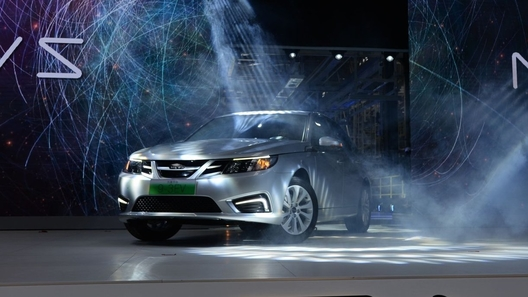 Старый Saab воскрес в КНР как электромобиль