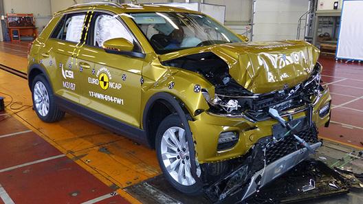 Названы самые безопасные автомобили 2017 года