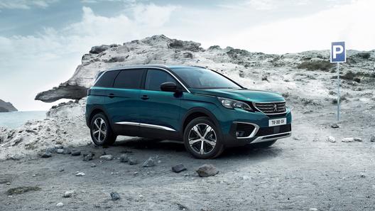 В России начались продажи большого кроссовера от Peugeot