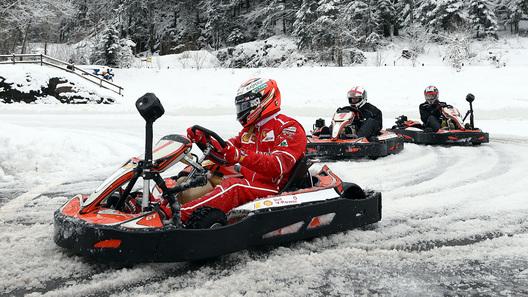 Как чемпион Формулы-1 дал пинка корреспонденту АвтоВестей