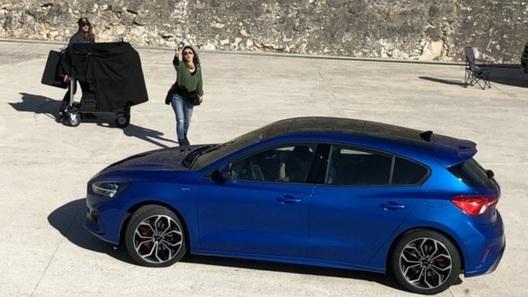 Новое поколение Ford Focus поймали без камуфляжа