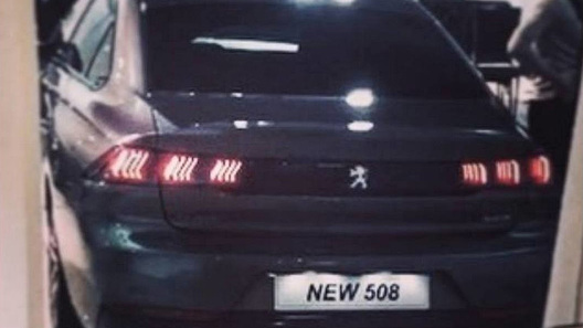 Первые фото без камуфляжной защиты — Новый флагман Peugeot (Пежо)