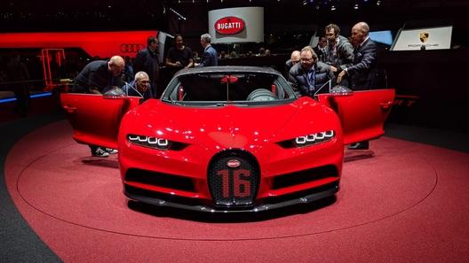 Bugatti Chiron Sport получил карбон даже там, где не ожидаешь