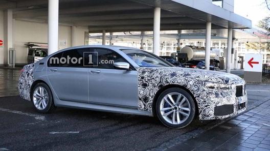 В сети появились шпинские снимки обновленной BMW 7-Series
